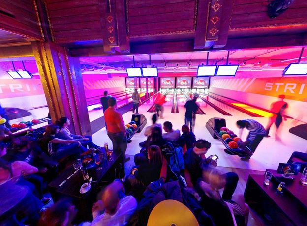 Fohren Center: Party Bowling im Strike Center